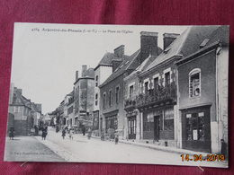 CPA - Argentré-du-Plessis - La Place De L'Eglise - France