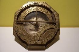 BOUSSOLE - CADRAN SOLAIRE  ANCIEN - MILITARIA ?  ( Don D'un Ancien LEGIONNAIRE  ) - Scienze & Tecnica