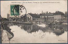 Troyes , Port Aux Bresles , Flottage Du Bois Lancement D'un Loupon Au Canal , Animée - Troyes