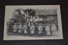"""Carte Postale 1907 St Chamond Cavalcade Du 30 Juin Char De La Métallurgie Vaisseau Amiral """"la Patrie """" Devant Le Char - Saint Chamond"""