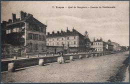 Troyes , Quai De Dampierre , Caserne De Gendarmerie , Animée - Troyes