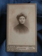 Photo CDV  Lemaire à Paris  Portrait Belle Jeune Femme  CA 1900 - L440 - Photos