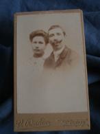 Photo CDV  Dando à Thouars  Portrait Couple  Homme Avec Belle Moustache  CA 1900 - L440 - Photos