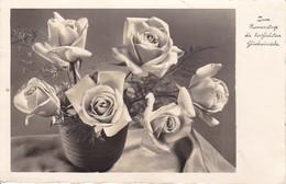 AK Zum Namenstage Die Herzlichsten Glückwünsche - Vase Mit Rosen - 1938 (40546) - Feiern & Feste