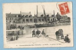 F0334  CPA  COURSEULLES-sur-MER  (Calvados)  Le Bassin - La Pêche à La Ligne   +++++++++++++++ - Courseulles-sur-Mer