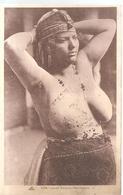 Jeune Femme Mauresque Seins Nus N°1094 Editeur CAP - Cartes Postales