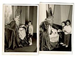2 Petites Photos C1960 - Enfants Avec Saint Nicolas - Fête - / Sint-Nicolaas Kinderfeest - Voir Scan - Personnes Anonymes