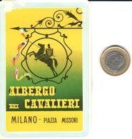 ETIQUETA DE HOTEL   - ALBERGO DEI CAVALIERI -MILANO  -ITALIA - Hotel Labels