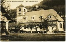 3590 - Hte Savoie  - SAMOËNS  :PLACE CENTRALE , L'EGLISE Et Le BASSIN - Samoëns