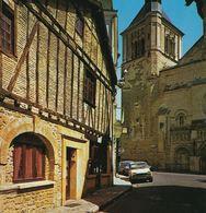 Renault 5TL Volvo 144 Citroen Dyane - THOUARS - Vieilles Maisons à Pans De Bois Et L'église St-Médard XIIe Siècle - Thonon-les-Bains