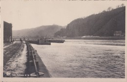Sclayn Les Ecluses Et La Meuse. - Cartes Postales