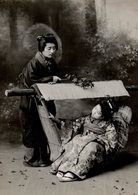 JAPAN JAPON  PALANQUIN GEISHA GIRLS AS TRAVELLERS  GEISHA    Asia Asie Fonds Victor FORBIN (1864-1947) - Lugares