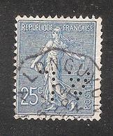 Perfin/perforé/lochung France No 132 AL  Sté Des Aciéries De Longwy (114) - Perfins