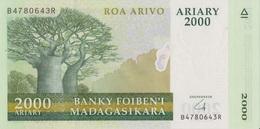 Madagascar / 2000 Ariary / 2008 / P-90(b) / UNC - Madagascar