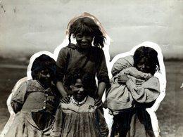 PREPARING FOR DERBY DAY  GYPSY GITANO GIPSY TSIGANE    Fonds Victor FORBIN (1864-1947) - Sin Clasificación