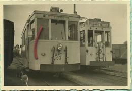 TRAM :ART83 Et 10.348 : A La Gare Non électrifiée De  DIEST   1954      :9 X 6 Cm ( See Detail ) - Trains