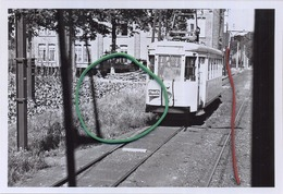 """OOSTMALLE :croisement Avec Une Motrice """" S """" Vu Du Poste De Conduite    (TRAM) Foto Van Oude Cliché 1959   (15 X 10 Cm) - Treinen"""