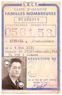 S.N.C.F.  CARTE D'IDENTITE FAMILLES NOMBREUSES 81200314- 5/01/56-marseille St Charles-réduction 30% - Cartes