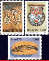 Ref. BR-1398-00 BRAZIL 1975 ARCHAEOLOGY, PETRIFIED FISH, CERAMICS,, STONE,PETROGLYPHS,MI# 1491-93,MNH 3V Sc# 1398-1400 - Porcelaine