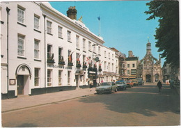 Chichester: FORD GRANADA, ESCORT MK2 VAN, TRANSIT PICKUP -  'The Dolphin & Achor' Hotel ,West Street And Market Cross - Toerisme