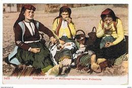 MONTENEGRO:  CRNOGORKE  PRI  UZINI  -  MONTENEGRINERINNEN  BEIM  FRUHSTUCKE  -  NACH  ITALIEN  -  KLEINFORMAT - Costumi