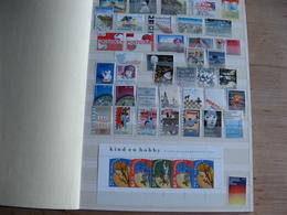 Nederland Postfris Guldens In Album 16 Blz Vol Zie Scan's - Francobolli