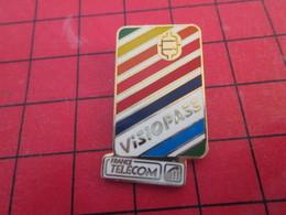 1418c Pin's Pins : BEAU ET RARE / THEME FRANCE TELECOM : CARTE A PUCE VISIOPASS - France Telecom
