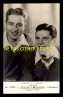 CHARLES TRENET ET JOHNNY HESS - STUDIO ARNAL - DISQUES PATHE - FORMAT 9 X 14 CM - Célébrités