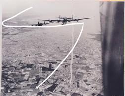 11. 1944 Aérodrome De Orléans-Bricy. Bombardement Par USAAF B-24 En 1944. Repro - 1939-45