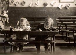 SCHOOL THE WRONGH WAY NIÑOS KIDS   Fonds Victor FORBIN (1864-1947) - Fotos