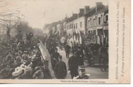 18 BOURGES N° 6 Obsèques Des Victimes (Explosion Du 2 Nov 1907) Prolonge  D'artillerie - Bourges