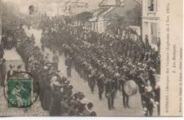 18 BOURGES N° 2 Obsèques Des Victimes (Explosion Du 2 Nov 1907) Les Musiques - Bourges