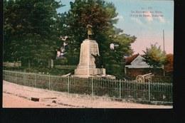 CPA1463....EU ...MONUMENT AUX MORTS - France