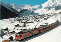 Svizzera Sedrun Treno Tra La Neve - Treni