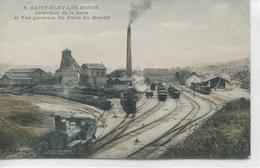 - 63-PUY-de-DOME- SAINT-ELOY-LES-MINES-Interieur De La Gare Et Vue Du Puits Du Manoir - Estaciones Con Trenes