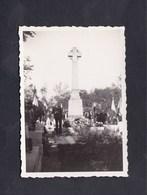 Photo Originale Lironville Ceremonie Hommage Aux Heros De Lironville  Morts Pour La France Monument - Guerre, Militaire