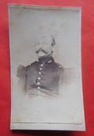 Photo Vers 1900 Officier Pompier Anonyme à Ronse / Renaix - Métiers