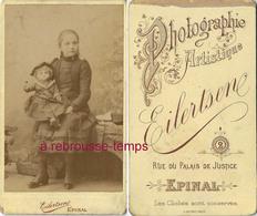 CDV Petite Fille Et Sa Poupée-puppe-doll-photo Eilertsene Rue Du ^palais De Justice à Epinal - Photographs