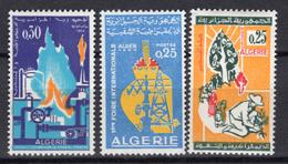 1963 - ALGERIA - Yv.  Nr. 401/403 - NH - (UP131.52) - Algeria (1962-...)