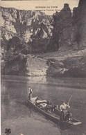Gorges Du Tarn, Un Troupeau, Le Tarn Au Cirque Des Baumes (pk60002) - Gorges Du Tarn