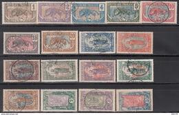 Moyen Congo. 1907-17 Yvert Nº 48 / 64 - Congo Francés (1891-1960)