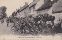Cpa Dept 80 - Grandes Manoeuvres De Picardie - Halte Au Village - Les Mitrailleuses (voir Scan Recto-verso) - France