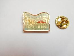 Beau Pin's , Principauté De Monaco , UCAM , Joyeux Noël , Union Des Commerçants Et Artisans De Monaco - Villes