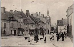 45 ARTENAY - La Rue Du Commerce. - Artenay