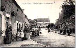 45 BATILLY EN PUISAYE - Vue De La Grande Rue. - France