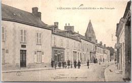 45 BAZOCHES LES GALLERANDES - La Rue Principale. - France