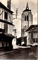 45 BEAUGENCY - Place Du Marché Et Clocher De St Firmin. - Beaugency