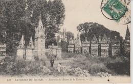 19 / 4 / 358  - ENV.  DE  TROYES  ( 10 )  ENSEMBLE  DE  RUINES  DE  LA  VACHERIE - Troyes