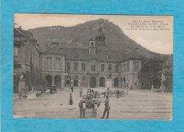 Salins-lès-Bains. - La Place De L'Hôtel De Ville. - Le Fort Saint-André. - Attelage Bœufs - Autres Communes
