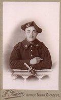 94B  CDV Militaire Soldat Chasseur Alpin Du 23eme Regt Baïonette Ph. Buzin à Grasse - Uniformen